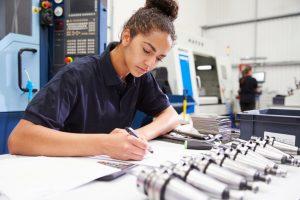 Female-Engineer-wSTEM-APU